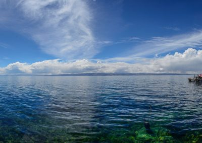 Panoramic view of the sea with transparent water