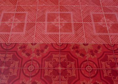 Red tile inside Umin Thonze pagoda